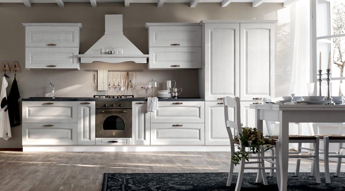 Cucina classica provenzale pg arredamenti lucca for Concetto aperto cucina soggiorno